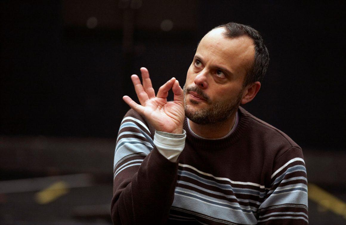 "Francisco Negrín:  ""En la ópera, el medio es la música"""