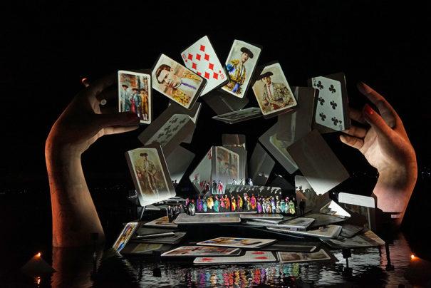 Relato: Nuestro destino en las cartas