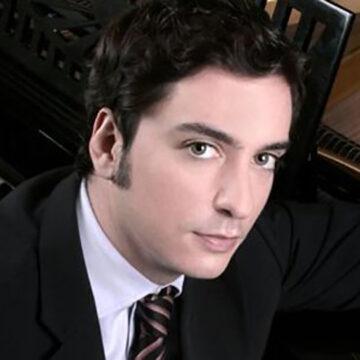 "Andrés Sarre: ""Cada cantante que acompaño me aporta algo positivo"""