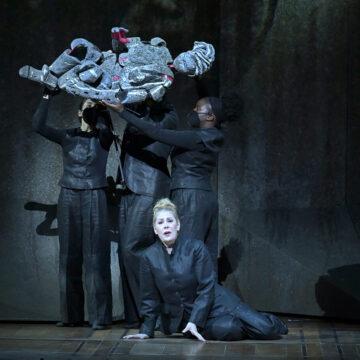🇫🇷 Aida en París, via streaming